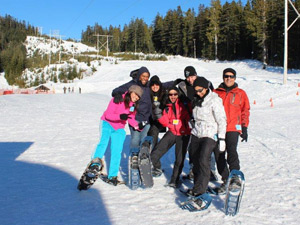 Team-Building-Snow-Shoeing